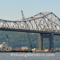 The New NY Bridge will replace the aging Tappan Zee Bridge and is designed to last 100 years. To see our high resolution images see our BIG IDEAS gallery at www.HuangMenders.com #newnybridge #tappanzeebridge #iheartny #iloveny #welcometonewyork #huangmenders #bigideas To see insider views and behind-the-scenes follow us on Instagram: http://bit.ly/HMPhoto1 Facebook: http://bit.ly/HMPFB Wordpress: http://bit.ly/HMWPress