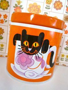 Cat Tin | by Pomme-de-jour