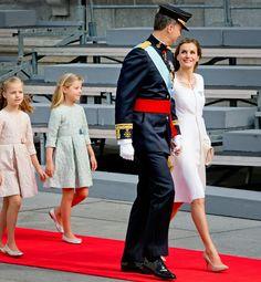 Felipe VI y doña Letizia, dos Reyes enamorados en un día para la historia - Foto 2