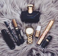 ↠{@AlinaTomasevic}↞ :Pinterest <3 | ☽☼☾ love life ☽☼☾ | #fashion #style war paint