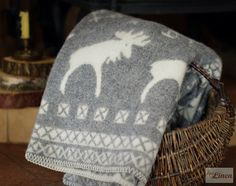 Neutral Jacquard Merino Wool Throw Blanket Elk by EpicLinen https://www.etsy.com/shop/EpicLinen