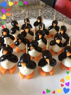 Olives and Mozzarella Penguins - Delicious Antipasto - Selma Yakut Gülcan â . - Olives and Mozzarella Penguins – Delicious Antipasto – Selma Yakut Gülcan – Peach Appetizer, Yummy Appetizers, Shower Appetizers, Cute Food, Yummy Food, Healthy Food, Healthy Recipes, Food Art For Kids, Food Garnishes