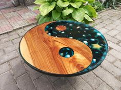 Beautiful coffee table with sea decorations (moss, starfish and crabs are natural) Diametr 55 cm We can use metal legs in any shape for this table. You can choose table legs yourself or instruct us. Our products are in the region near Carpathians Round Wood Coffee Table, Walnut Coffee Table, Rustic Coffee Tables, Walnut Table, Cool Coffee Tables, Rustic Table, Diy Resin Coffee Table, Walnut Wood, Wood Resin Table