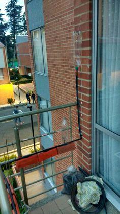 Materas en Balcón con riego por goteo sencillo