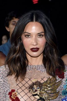 Olivia Munn attends the 2017 MTV Video Music Awards at The Forum on August 2017 in Inglewood, California. Get premium, high resolution news photos at Getty Images Hair Color For Women, Cool Hair Color, Hailey Baldwin, Beauty Blender, Beauty Make-up, Hair Beauty, Beauty Photography, Hair Inspo, Hair Inspiration
