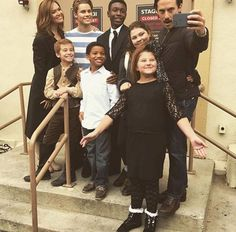 This Is Us younger actor ensemble, with  Mandy Moore and Milo V.