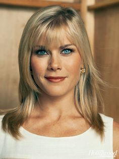 Alison Sweeney That*s the point of live TV, says Alison Sweeney, host of NBCs The Biggest Loser. You want it to feel that at any moment something could go wrong! How To Feel Beautiful, Beautiful Women, Beautiful Eyes, Alison Sweeney, Freckle Face, Actor Studio, Stars Then And Now, Blonde Women, Kate Beckinsale