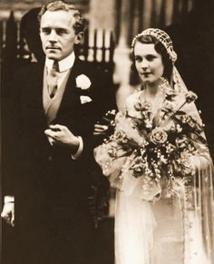 Vivien Leigh on her wedding day to Leigh Holman, 1932
