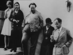 Frida Kahlo, Diego Rivera y Serguei Eisenstein, The Great Russian Director Frida E Diego, Diego Rivera Frida Kahlo, Mexican Artists, My Muse, Linocut Prints, Historical Photos, Filmmaking, My Idol, Mexico Travel