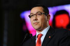 Premierul Victor Ponta și-a anunțat public demisia