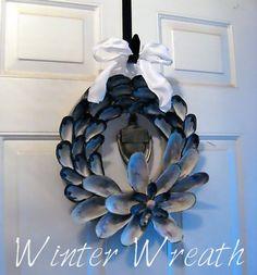DIY mussel shell wreath.