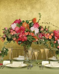 Extend your foliage horizontally to make your tablescapes look full and lush