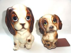"""2 Vintage Ceramic Cocker Spaniel Dogs Animals Decorative Collectibles  Measures: Large one 3 1/2"""" x 7 1/2"""", small 3"""" x 6""""  Great addition to anyones collection.  Condition: Good. They have some markings, some small chips, and no cracks."""