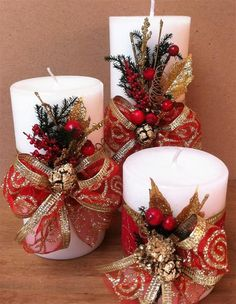 30 Cool Christmas Candle Decoration Ideas You'll Love Christmas season has alw. Christmas Candle Lights, Christmas Candle Decorations, Christmas Door, Christmas Wreaths, Christmas Ornaments, Christmas Time, Elegant Christmas, Handmade Christmas, Vintage Christmas