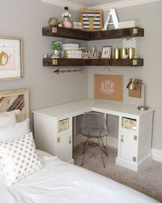 Great picture of College Apartment Diy. College Apartment Diy Nice 50 Diy College Apartment Decorating ideas on a budget https Minimalist Bedroom, Minimalist Home, Minimalist Apartment, Apartment Decorating On A Budget, College Apartment Decorations, Bedroom Apartment, Cozy Apartment, Small Apartment Tips, First Apartment Essentials