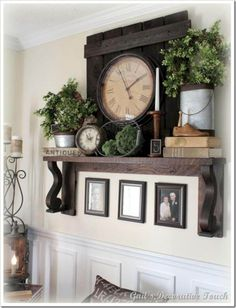 great idea for a fireplace mantle decor My Living Room, Living Room Decor, Decor Room, Room Decorations, Christmas Decorations, Home Interior, Interior Decorating, Decorating Ideas, Mantle Decorating