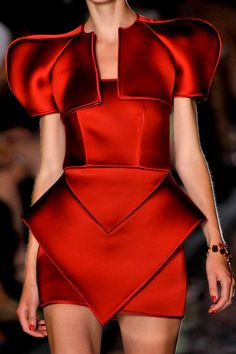 alexandre vauthier - structure in vibrant red