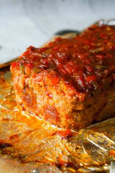 Sausage and Peppers Meatloaf is an easy meatloaf recipe using two pounds of mild Italian sausage meat and loaded with diced green peppers, red peppers and onions all in a sweet and spicy tomato sauce. Sausage Meat Recipes, Meatloaf Recipes, Hamburger Recipes, Meatball Recipes, Grilling Recipes, Pork Recipes, Cooking Recipes, Sausage And Peppers, Tomatoes