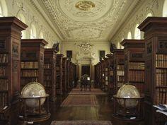 A Biblioteca Bodleiana é a principal biblioteca de pesquisa da Universidade de Oxford, uma das mais antigas da Europa e na Inglaterra só perde em tamanho para a Biblioteca Britânica. É um dos seis depósitos legais de publicações do Reino Unido.