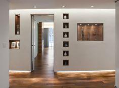10 Modern Wall Niches - Design Inspiration — Custom Shower and Wall Niche Modern Hallway, Modern Wall, Modern Loft, Niche Decor, Art Niche, Create Your House, Niche Design, Hall Design, Exposed Brick Walls