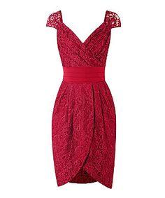 Ameixa Boutique Batom (vermelho) com Lydia Elizabeth ameixa brilhante Renda Vestido Tulip Enrole | 270450765 | New Look