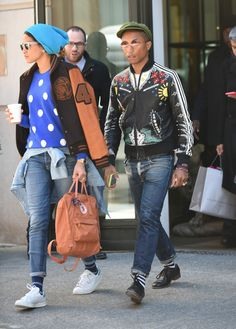 Pharrell Williams and wife Helen Lasichanh Quirky Fashion, Look Fashion, Girl Fashion, Mens Fashion, Urban Fashion, Fashion Images, Fashion Pictures, Stylish Couple, Trending Today