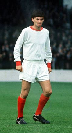 George Best at Burnley in Football Icon, Retro Football, Vintage Football, Football Soccer, Manchester United Images, Manchester United Players, Premier League Teams, Premier League Champions, Football Pictures