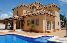 4 Bedroom Villa in Cabo Roig to rent from £717 pw, with a private pool. Also with Solarium, balcony/terrace, air con, TV and DVD.