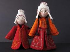 Erkebu Djumagulova is a textile artist from the capital city of Bishtek, Kyrgyzstan, who is a master at capturing the expressions and customs of the villagers of her native Kyrgyzstan and Central Asia through the intricately dressed dolls she makes from embroidered felt wool, silk and yarn.