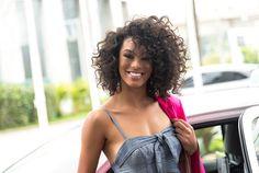 Miss Brasil precisou alisar o cabelo para não sofrer bullying