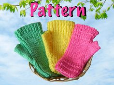 free knitting fingerless gloves for children | Spring fingerless gloves knitting pattern kids teens easter