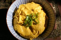 Curry-Mango-Hummus Vegan Hummus, Mango Curry, Going Vegan, Diy Food, Meal Prep, Brunch, Low Carb, Healthy Recipes, Vegetarian Recipes
