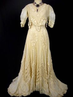 1000 images about 1800s lady dresses on pinterest for 1800 style wedding dresses