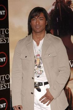 Jay Tavare at event of Into the West (2005)