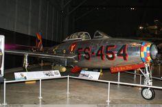 f-84e-thunderjet_usaf_50-1143_nmusaf_3.jpg (1024×681)