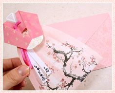 hanbok card 한복 카드 Origami Cards, Origami Templates, Paper Crafts Origami, Diy Origami, Diy Paper, Paper Cards, Diy Cards, Origami Folding, Diy Scrapbook