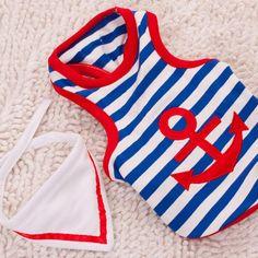 Linhas roupinha com estampa Navy. Nas cores azul, vermelho e branco, com bordado de âncora e bandana removível. Tecidos 100% algodão, ótima qualidade. Medidas aproximadas: 40cm (pescoço) x 35cm (comprimento) x 50cm (peito). * Dica 1: Deve se escolher o tamanho do peito da roupa no mínimo 3 ...