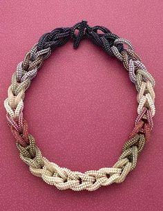 Link to creativity: necklace, herringbone stitch (Download Now)