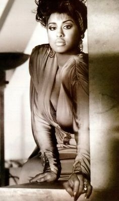 Listen to music from Phyllis Hyman like You Know How to Love Me - Remastered, You Know How To Love Me & more. Find the latest tracks, albums, and images from Phyllis Hyman. Phyllis Hyman, Mocha, Vintage Black Glamour, Vintage Glam, Vintage Beauty, Vintage Style, Black Celebrities, Celebs, Provocateur
