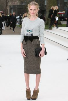 Kate's Burberry outfit is sooo pretty!