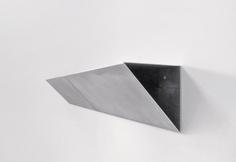 Schellmann  Split Shelf    by Jörg Schellmann