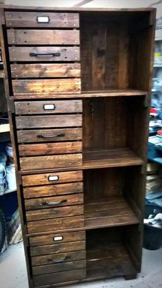 Wooden Pallet Furniture diy pallet storage tower - checkout here these DIY pallet chest of drawers / bookcase / cabinet , you can clone them all for a mannered way storage of your interior items and Wooden Pallet Projects, Wooden Pallet Furniture, Pallet Crafts, Wooden Pallets, Pallet Ideas, Pallet Designs, Western Furniture, Rustic Furniture, Antique Furniture