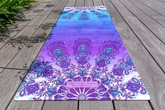 Amazon.com : Free Thirty Three Union Yoga Mat, 70 x 24 x 3.5mm, Aqua Ombre : Sports & Outdoors