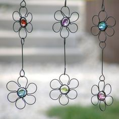 Wire & crystal bead: Daisy chains.