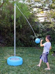 How do I create a Backyard Tetherball game? DIY Shed, Pergola, Fence, Deck & More Exterior Struc Kids Outdoor Play, Kids Play Area, Backyard For Kids, Outdoor Fun, Diy Outdoor Toys, Outdoor Yard Games, Play Areas, Outdoor Decor, Diy Yard Games