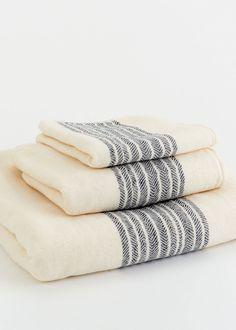 Chevron Stripe Bath Towel Collection - Navy - Rodales