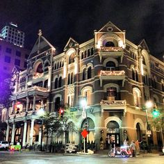 The Driskill, completed in 1886, is the oldest operating hotel in Austin, Texas and full inside and out with gorgeous backdrops.