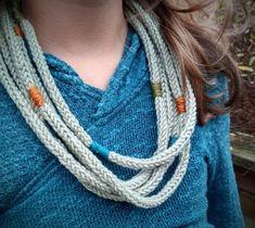 Halskjede med farger Crochet Necklace, Accessories, Jewelry, Fashion, Lady, Jewlery, Moda, Crochet Collar, Jewels