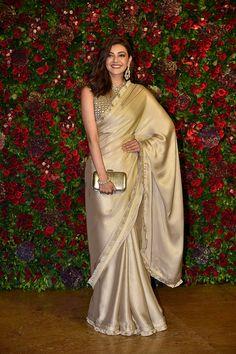 Kajal-Aggarwal-at-Deepika-Padukone-and-Ranveer-Singhs-wedding-reception-in-Mumbai