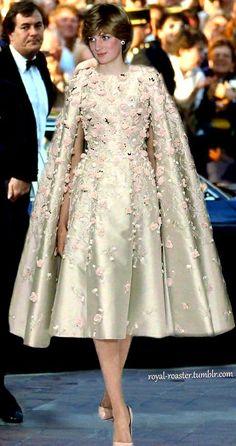 Princess Diana Fashion, Princess Diana Family, Princes Diana, Lady Diana Spencer, Royal Princess, Prince And Princess, Ralph & Russo, Style Royal, Princesa Kate